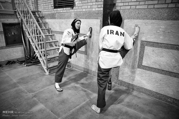 İranlı kadınlardan Poomse performansı