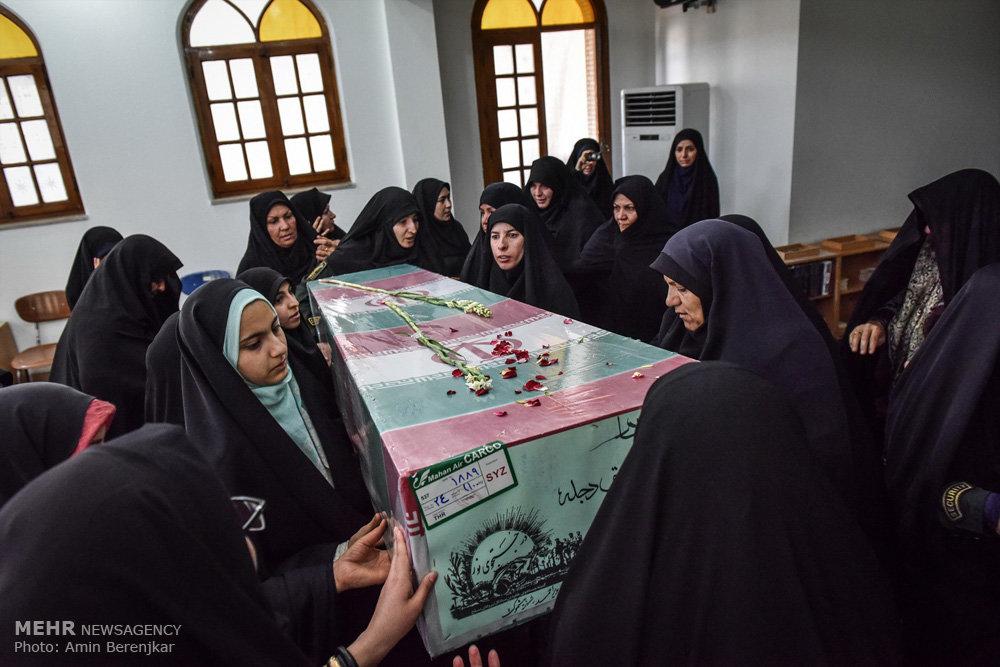 استقبال از پیکر ۲۳ شهید در شیراز