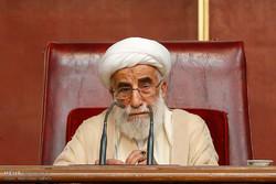 رئيس مجلس صيانة الدستور يحذر من الشعارات الداعية لمحاباة العدو