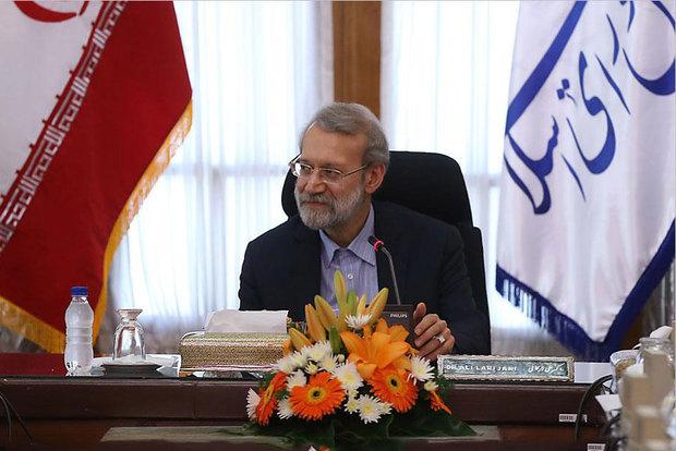 لاريجاني محذرا : مخططات تقسيم العراق سوف تكون لها تداعيات مدمرة
