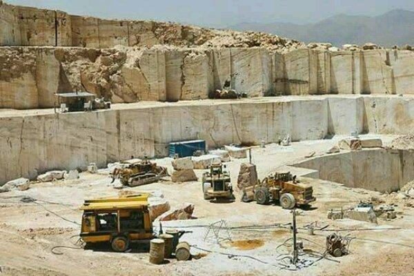 یک دهم از سنگهای تزئینی کرمانشاه در داخل استان فرآوری میشود
