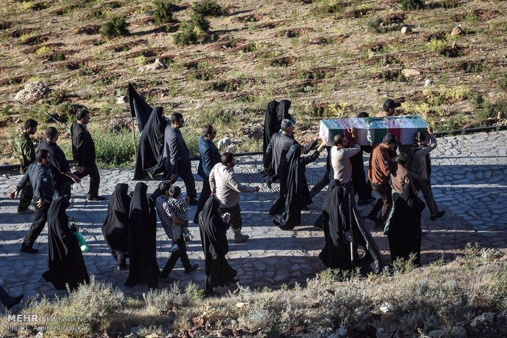 تشییع پیکر شهید گمنام در پارک کوهستانی دراک شیراز
