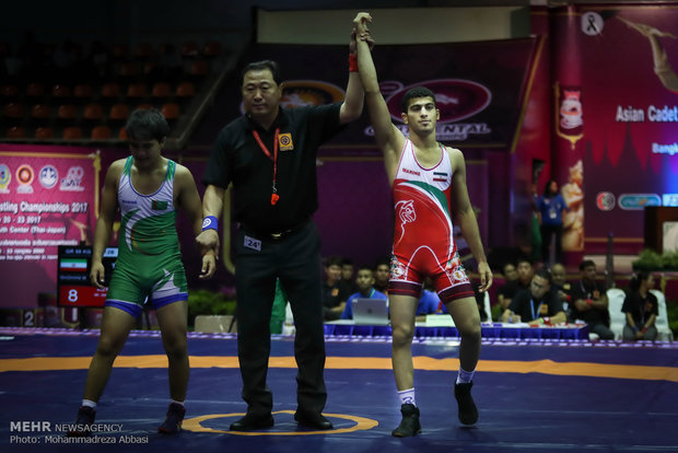 Asya Gençler Güreş Şampiyonası'nın ikinci gününden kareler