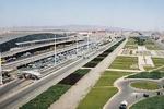 خلبان ناشی یک کامیون نخاله وارد باند اصلی فرودگاه امام(ره) کرد