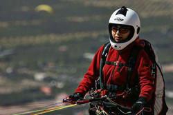۱۰۹ کیلومتر پرواز با پاراگلایدر حاصل تلاش بانوی خلبان قزوینی