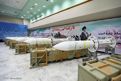 افتتاح خط تولید انبوه و تحویل دهی موشک پدافند هوایی برد بلند صیاد 3