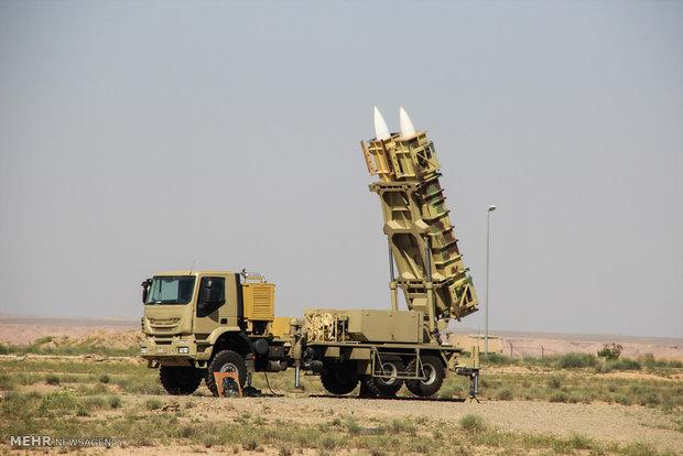 """تدشين خط انتاج صواريخ """"صياد 3"""" بعيدة المدى"""