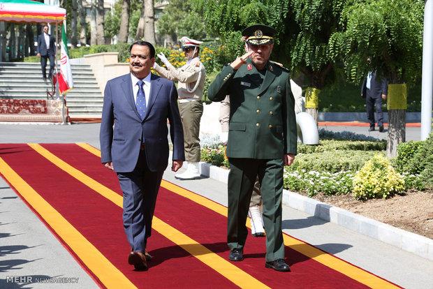 استقبال رسمی وزیر دفاع ایران از وزیر دفاع کشور عراق