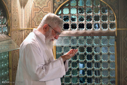 Leader attends dusting ceremony of Imam Reza Holy Shrine