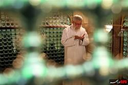 مراسم تنظيف ضريح الامام الرضا (ع) بحضور قائد الثورة