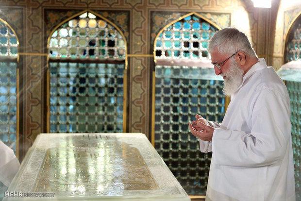 مراسم غبار روبی مضجع شریف ثامنالحجج، حضرت امام رضا علیهالسلام