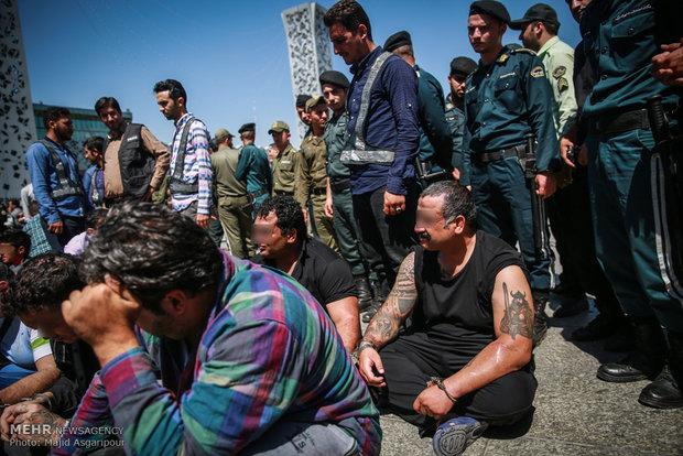دستگیری اراذل و اوباش و خورده فروشان مواد مخدر