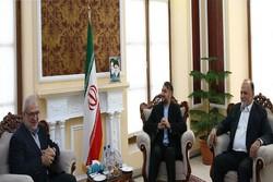 عبداللهيان يستقبل رئيس كتلة الوفاء للمقاومة في البرلمان اللبناني