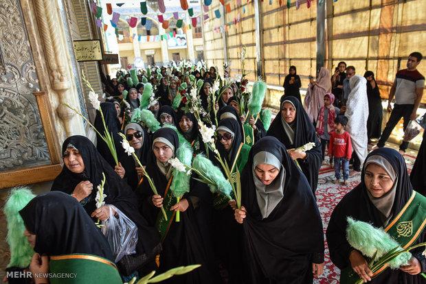 """مسيرة إحتفالية في ذكرى ولادة السيدة المعصومة بمدينة """"شيراز"""""""
