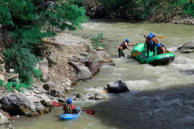 İran'daki Rafting yarışmasından kareler
