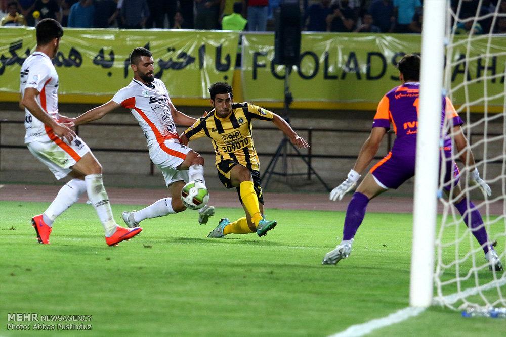قرارداد هافبک عراقی با تیم فوتبال سپاهان ثبت شد