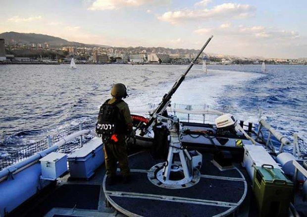 بحرية العدو الإسرائيلي تخترق مياه لبنان الإقليمية