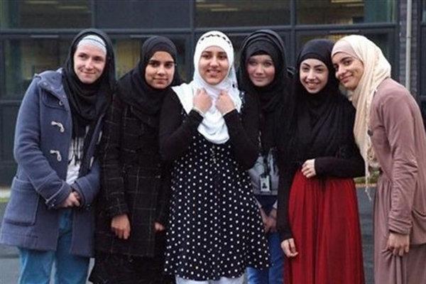 المرأة تعاني الأمرَّين في ظل العلمانية الغربية