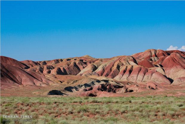 Dance of colors in desert of dreams