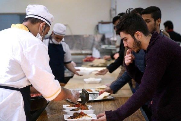 ارائه غذای نیم پرس به دانشجویان علوم پزشکی شهیدبهشتی
