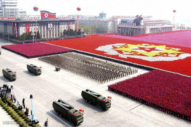 کره شمالی یک رژه نظامی بزرگ برگزار کرده است