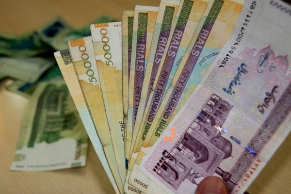 کمیسیون اعتباری بانک مرکزی تصویب کرد: امهال تسهیلات و پرداخت وام 10 میلیون تومانی برای زلزلهزدگان