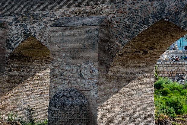 800 yıllık tarihi Akkale Köprüsü