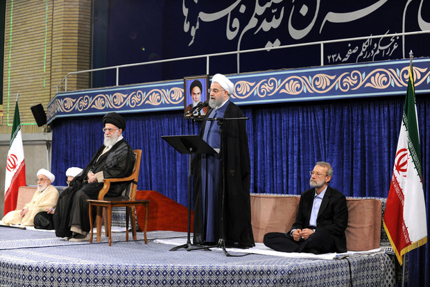 Leader formally backs Rouhani as president