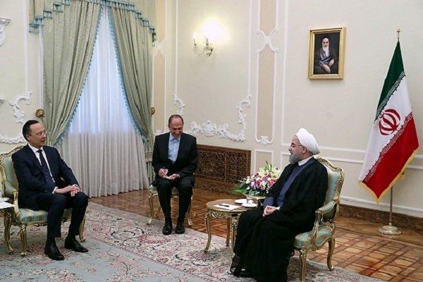 دیدار روحانی و وزیر خارجه قزاقستان