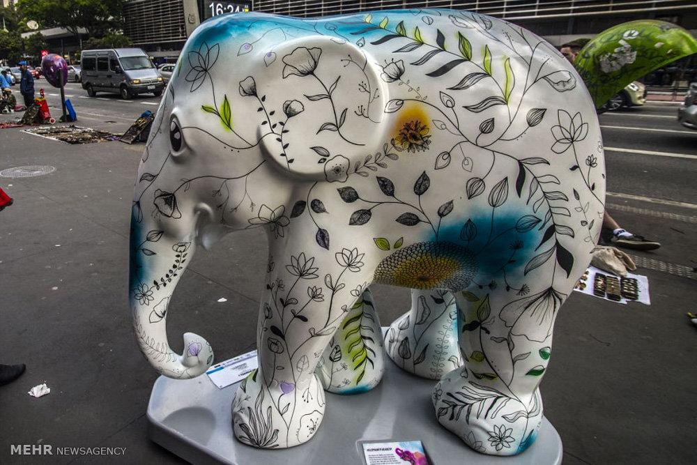 نمایشگاه مجسمه های فیلی در برزیل