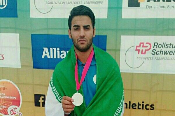 ورزشکار معلول کرمانشاهی مدالهایش را به شهدای مدافع حرم تقدیم کرد