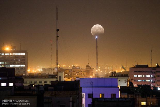 İran'daki ay tutulmasından kareler