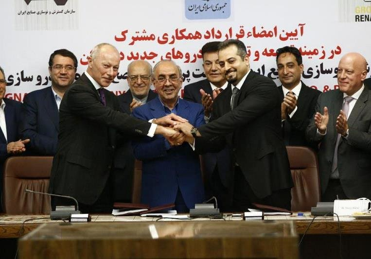 Renault signs landmark auto deal in Iran
