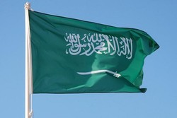 انزال شيخ بالقوة عن المنبر بالسعودية