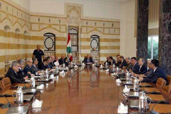 عون يجري لقاءات ومشاورات موسّعة لتخطي عواقب استقالة الحريري