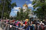 استقبال بی نظیر مردم از اجزای متبرک نیکلای مقدس در مسکو