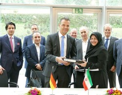 شرکت ملی صنایع پتروشیمی و ایرلیکوئید توافقنامه همکاری امضا کردند