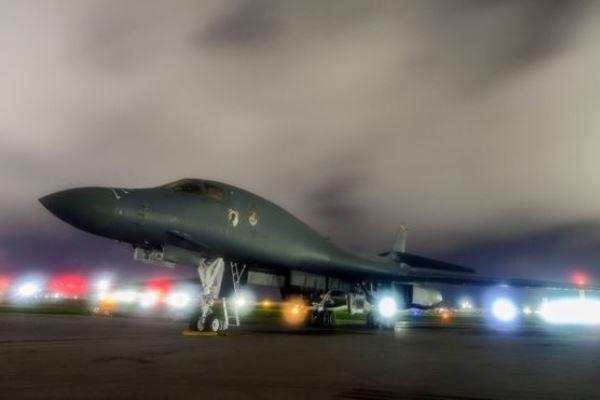 امریکہ نے چین سے کشیدگی کے پیش نظر گوام میں بمبار طیارے تعینات کردیئے ہیں