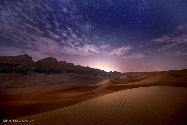 الرمال المتحركة المحيطة بمدينة دبي