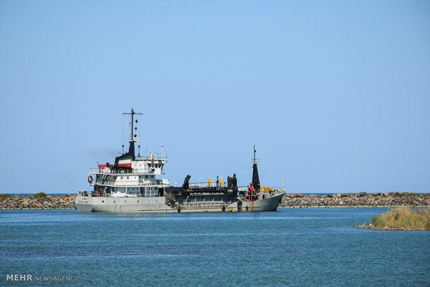 معاون عمران بنادر و دریانوردی هرمزگان: پروژه لایروبی بندرگاه جزیره ابوموسی کلید خورد