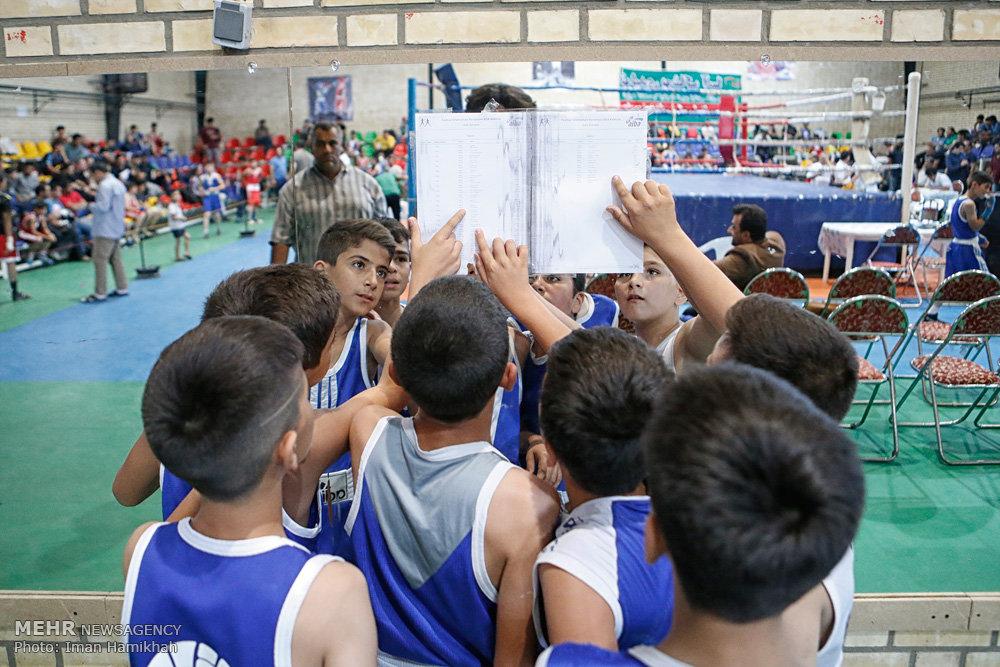 رقابتهای بوکس قهرمانی نونهالان کشور در همدان