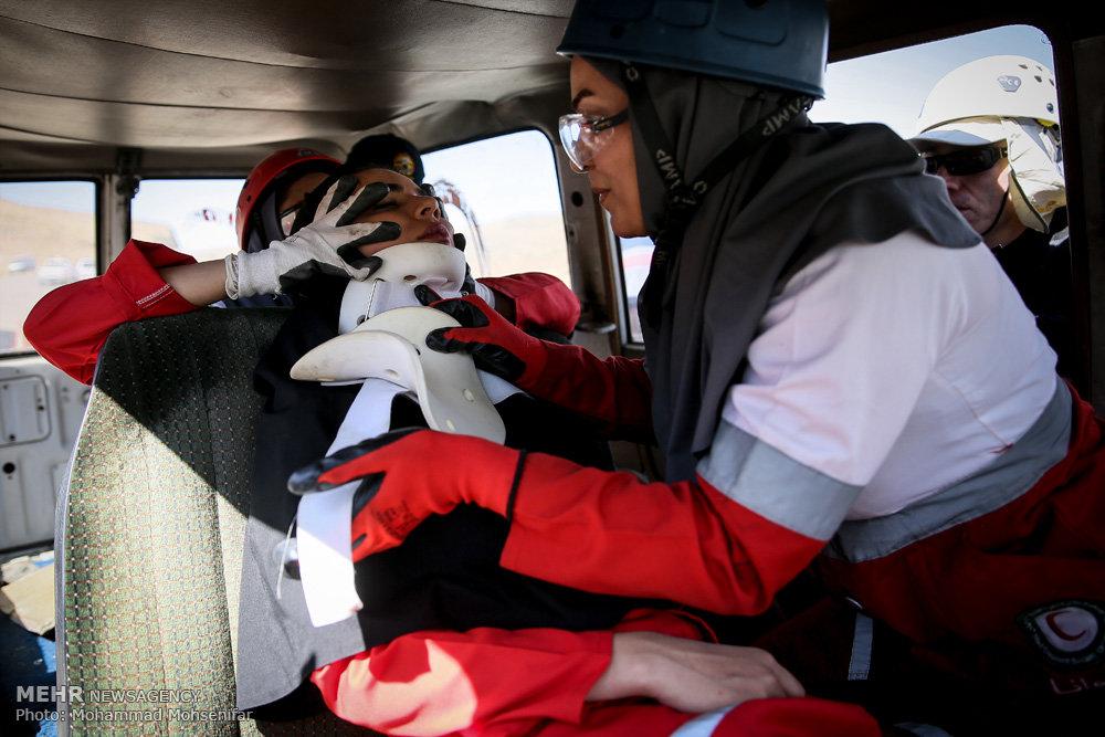 مانور امداد و نجات ویژه بانوان