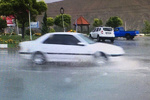 جاده های استان ایلام لغزنده می شود/رانندگان مراقب باشند