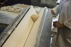 معضل کم فروشی به وفور در نانوایی های دزفول مشاهده می شود