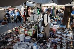 """""""شلوغ بازار"""" سوق شعبي تعتمده الجالية الأفغانية لتأمين حاجياتهم"""
