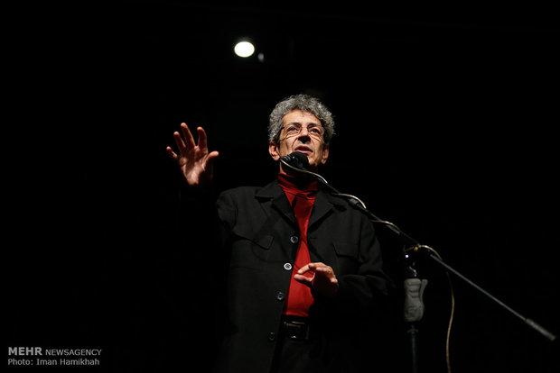 نادر مشایخی ارکستر را رهبری میکند آغاز کنسرتهای مذهبی باخ در تالار رودکی/ صالحعلا راوی شد