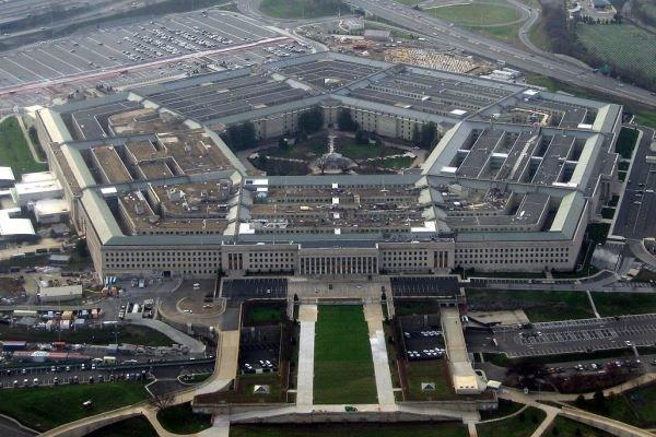 پینٹاگون نے آدھی امریکی فوج کو افغانستان سے واپس بلانے کی مخالفت کردی