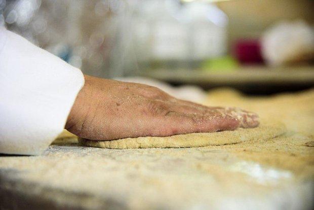 نانوایی زنان در کرج