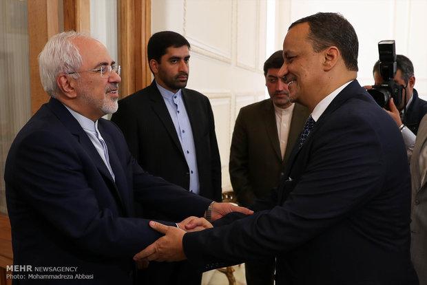 Zarif'in BM Yemen Temsilcisi'yle görüşmesi