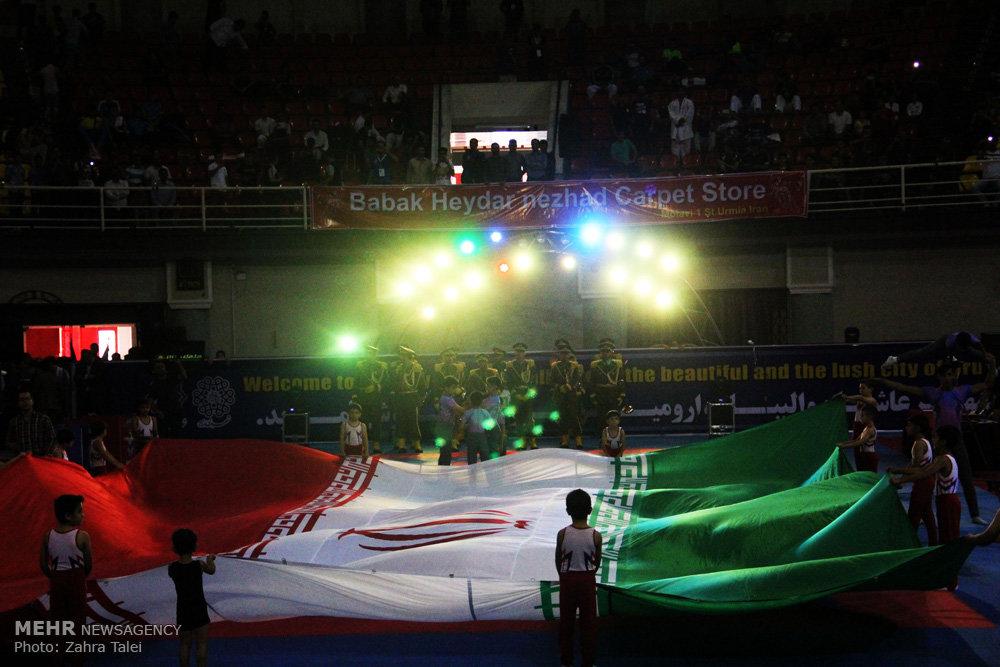 مراسم افتتاح مسابقات بین المللی کاراته  جام وحدت و دوستی
